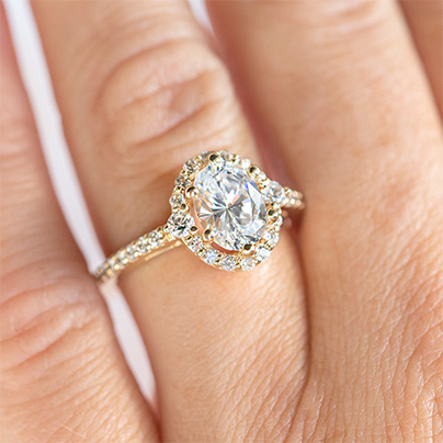 Oval Engagement Ring Settings