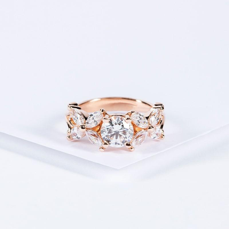 A romantic rose gold setting