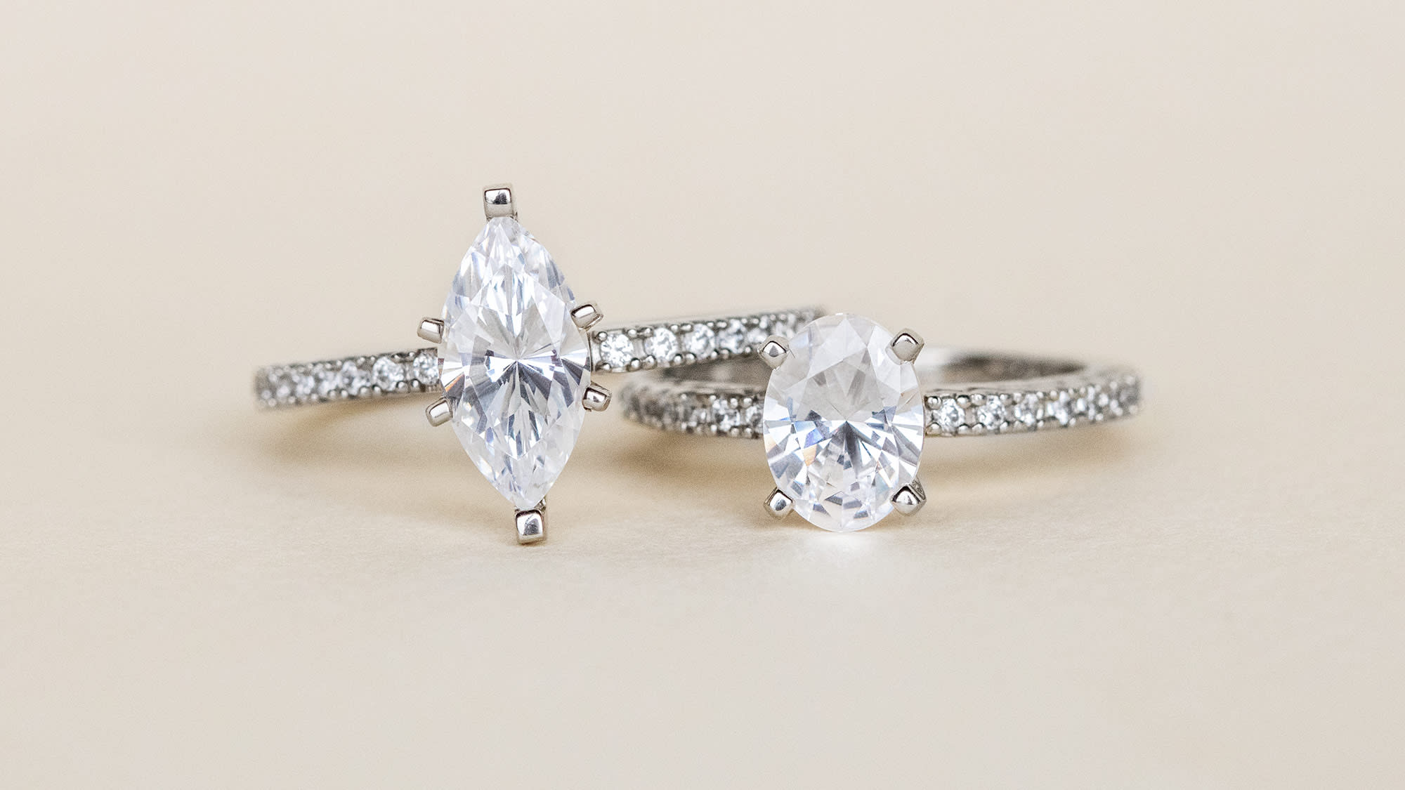accented solitaire engagement rings