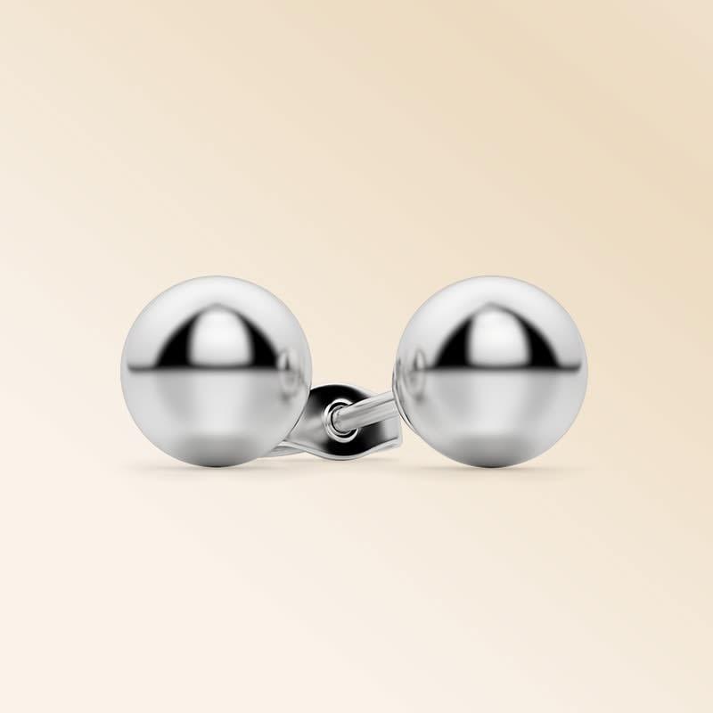 Ball Stud Earrings >