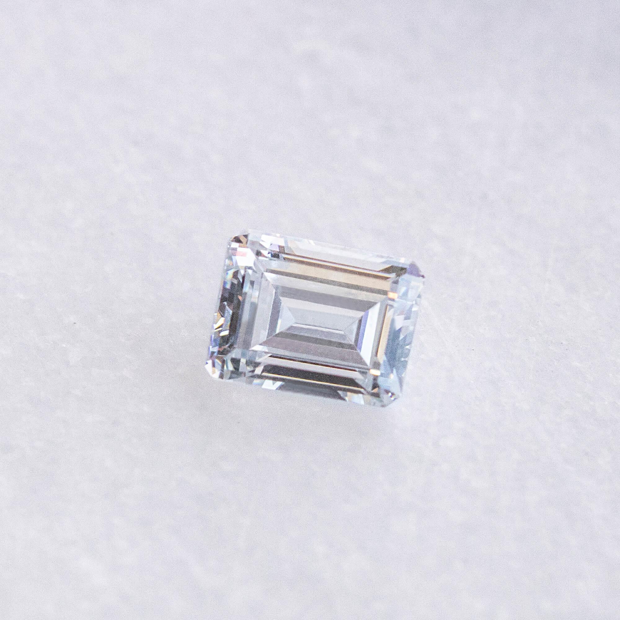 An Emerald Nexus Diamond alternative.