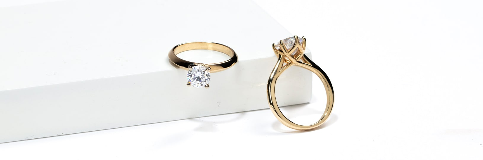 small engagement ring options in yellow gold