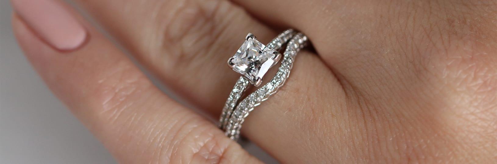 Simulated diamond wedding ring set