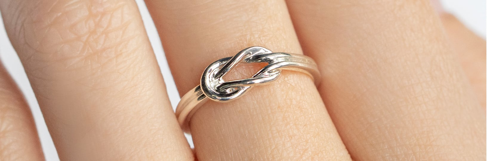 Love knot engagement ring