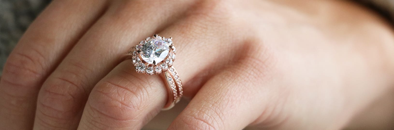 A halo engagement ring